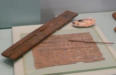 Egyptisch schrijfgerei